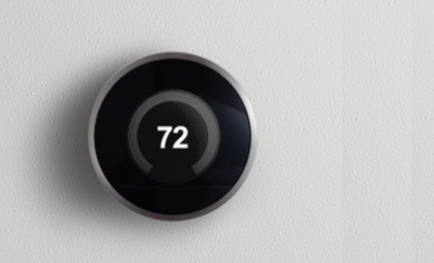 What Are the Differences Between Programmable and Smart Thermostats?
